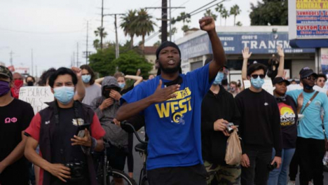 Hollywood-African-American-Protesters-Shout-at-Police